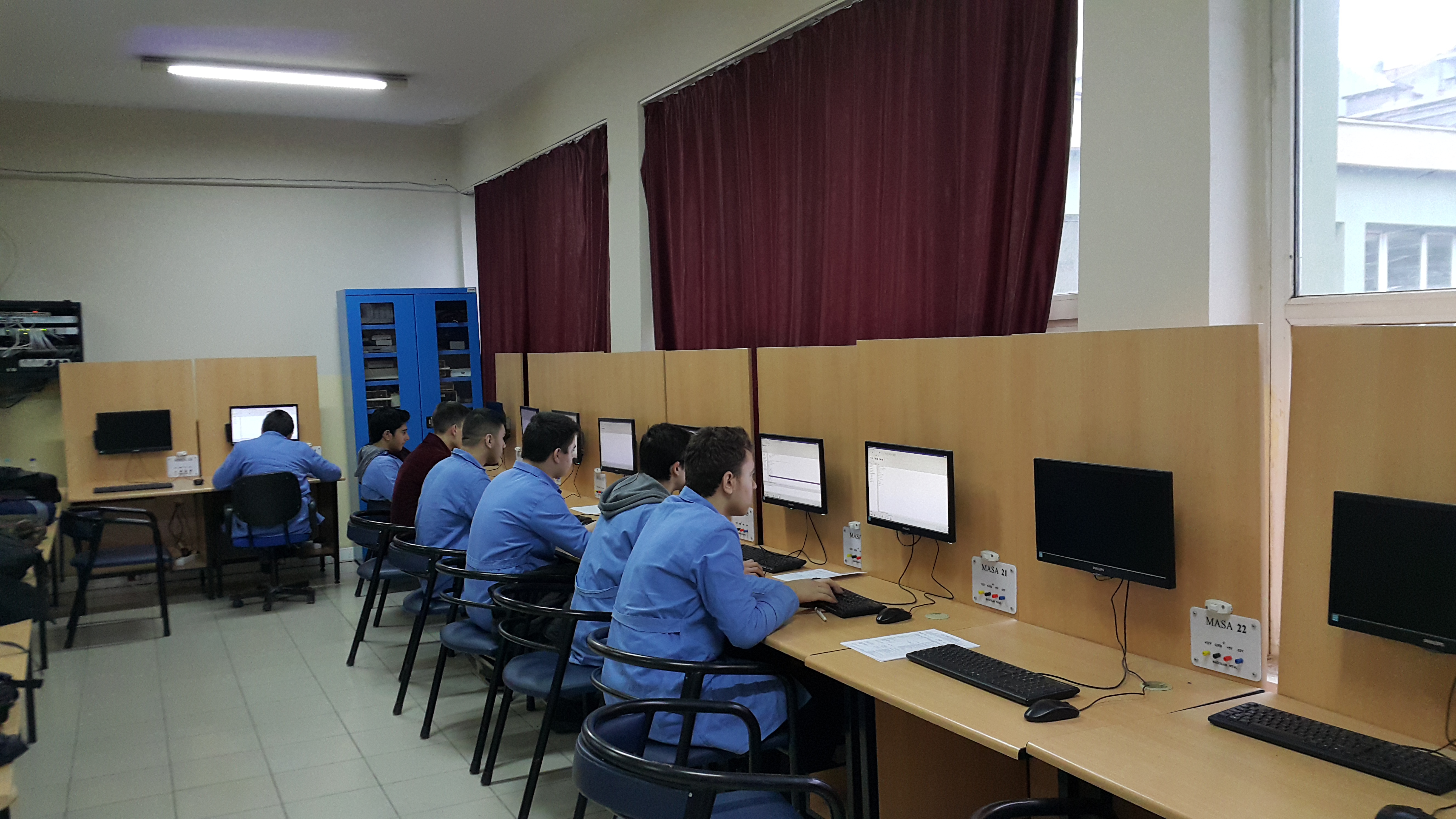 Bagcilar-Vocational-And-Technical-High-School-In-Turkey2.jpg