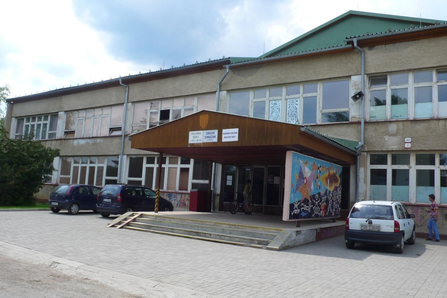 Catholic-High-School-In-Slovakia-1.jpg