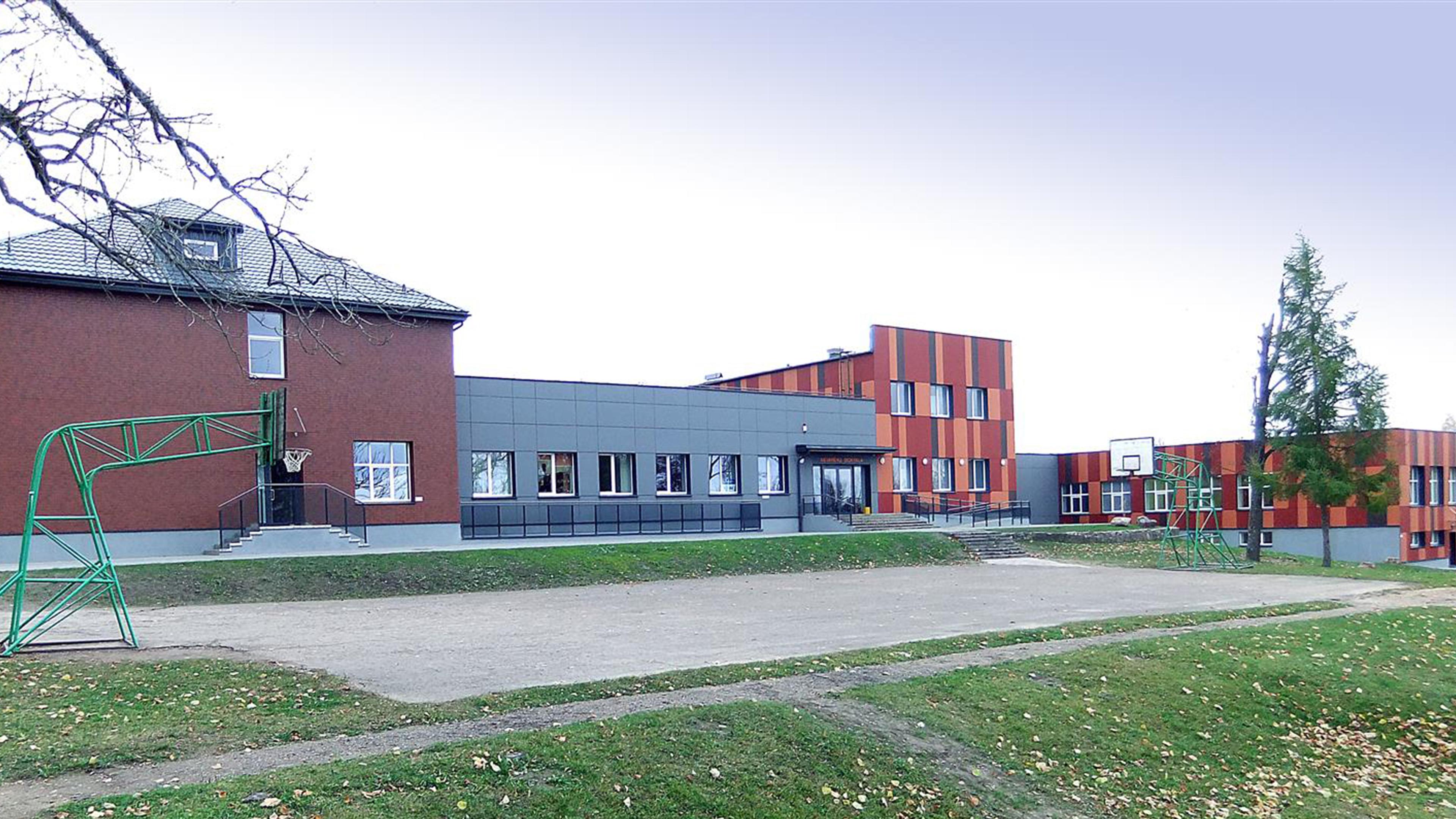 Nevarenu-Primary-School-In-Lithuania-1.jpg