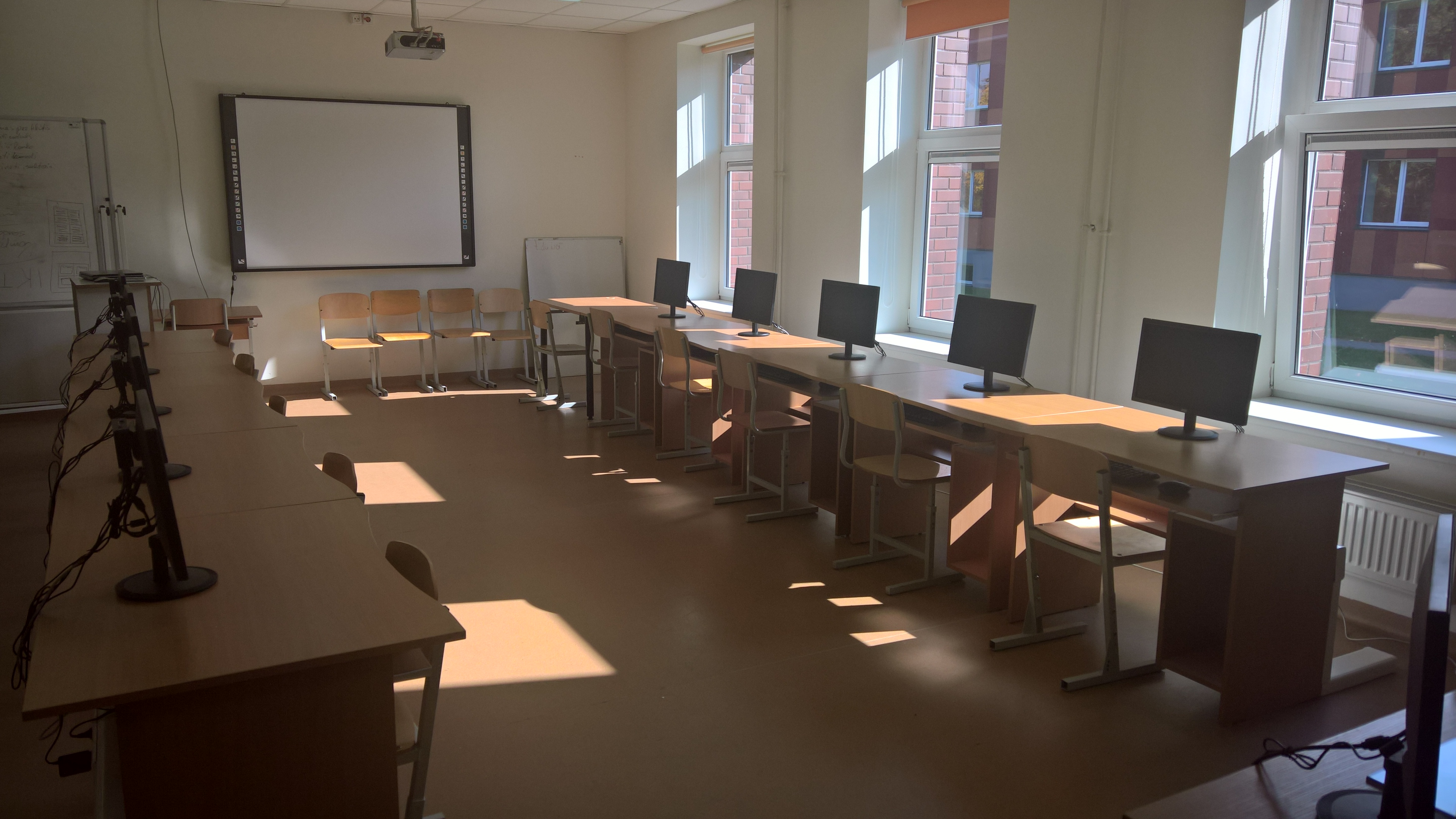Nevarenu-Primary-School-In-Lithuania-2.jpg