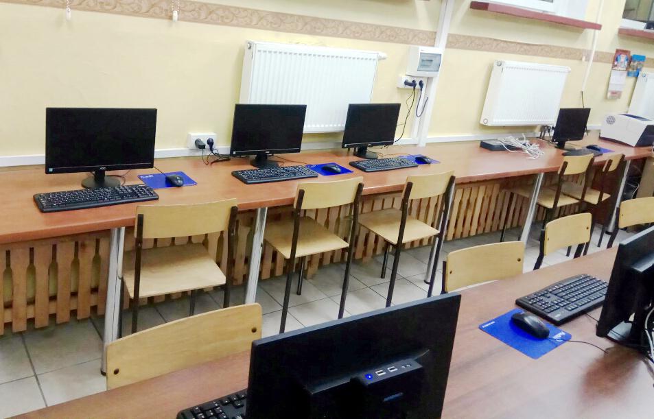 No1-Primary-School-in-Ostrzeszow-Poland-5.jpg