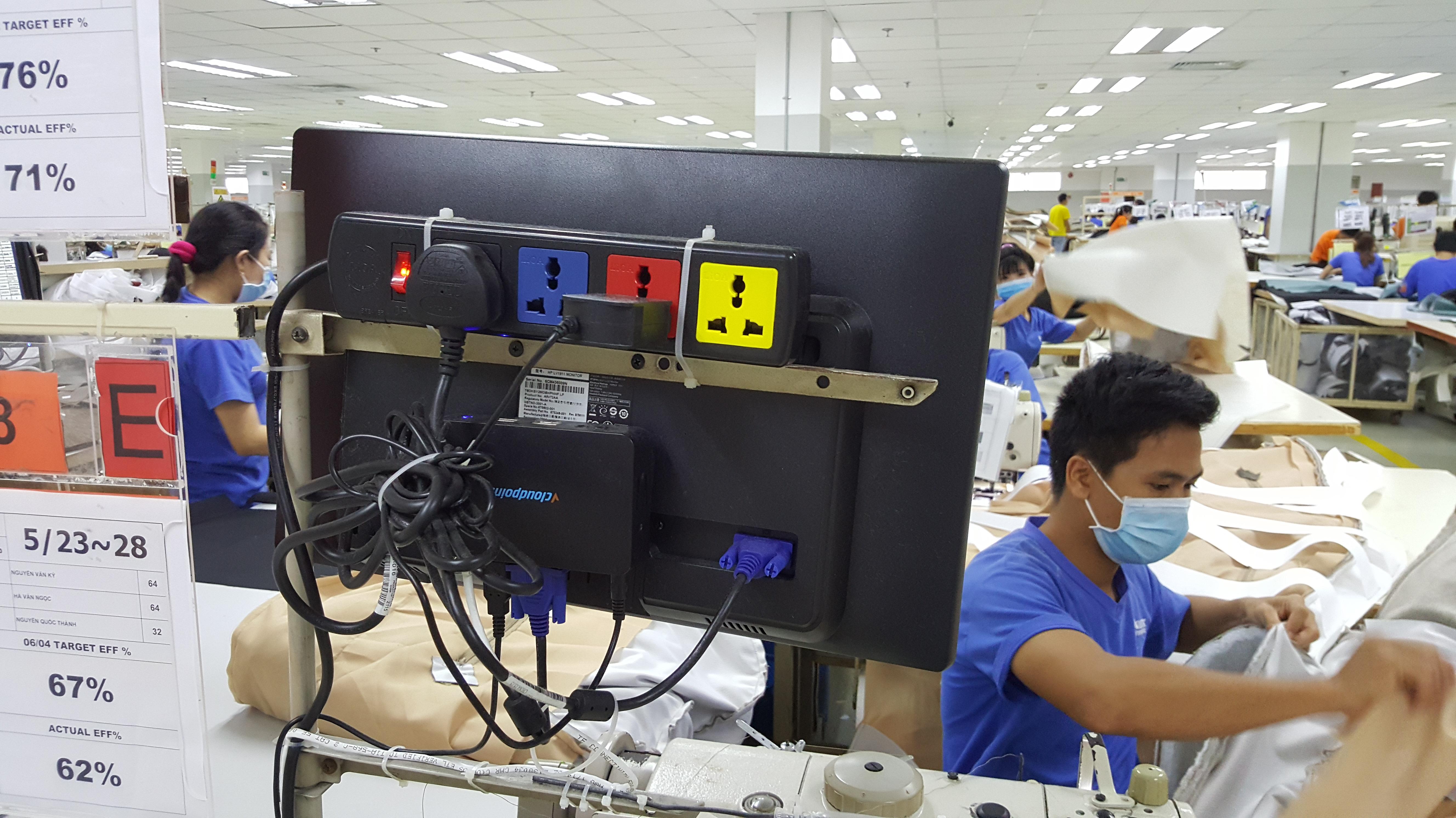 Wanek-Furniture-Company-in-Vietnam2.png